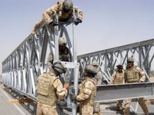 army_bridge_guys_pd_41514